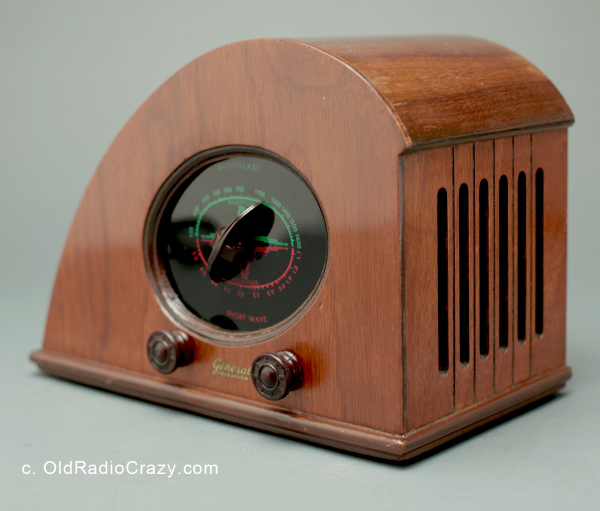 climax baby rudy art deco tube radio collectors weekly. Black Bedroom Furniture Sets. Home Design Ideas