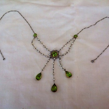 I think this is Art Deco - Fine Jewelry