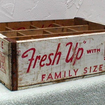 1958 - 7 Up Wood Bottle Crate