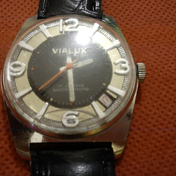 Vialux 17 rubis - Wristwatches