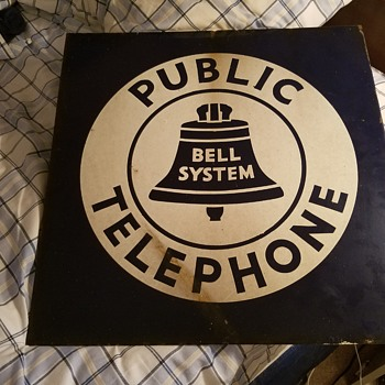"18"" x 18"" 1939 model Bell sign"