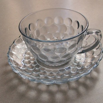Bubble Glass cup & saucer - Glassware