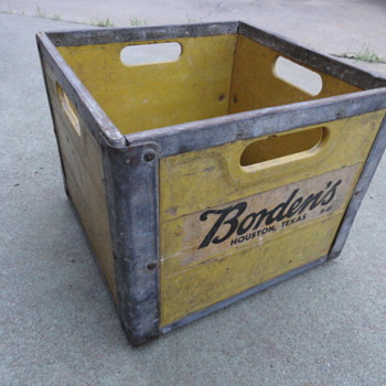 Borden's Milk Crate - Advertising