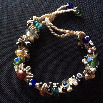 Art glass bracelet ?