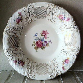 Schwarzenhammer Bavaria Floral W/Gold Guild - China and Dinnerware