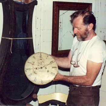 Pine clock