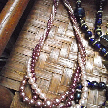 "Tri-colored ""pearls""by RMN (Roman Co?) - Costume Jewelry"