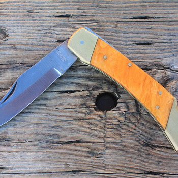 "LARGE PAKISTANI-Made LOCKBACK KNIFE with PLASTIC ""PEARLIZED"" HANDLE"