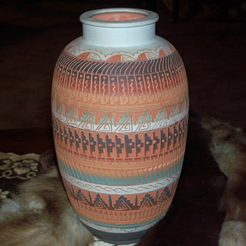 Etched, handpainted Indiian pot
