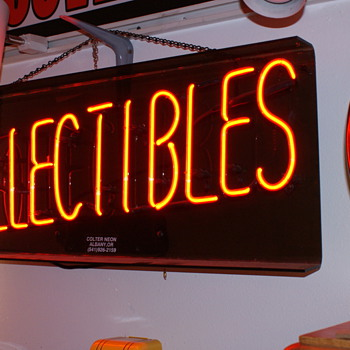 """Collectibles"" neon - Signs"