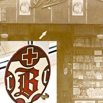 Boots the Chemists UK 1912 logo sign - Advertising