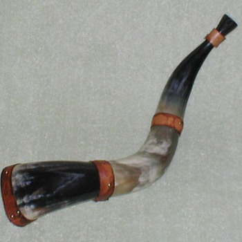 "Steer Horn ""Horn"" - Folk Art"