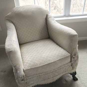 """What is the """"style"""" or name of the chair I inherited from my late grandmother?"""