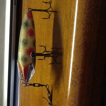 Found this fishing lure in my dads old fishing box  - Fishing