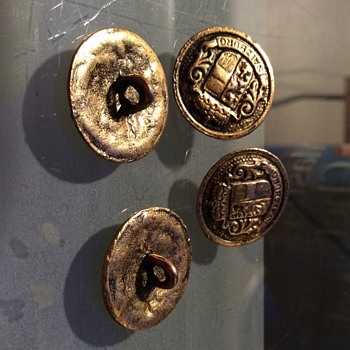 old blazer buttons salzburg  i just cant find these buttons anywhere