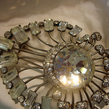 Eisenberg brooch