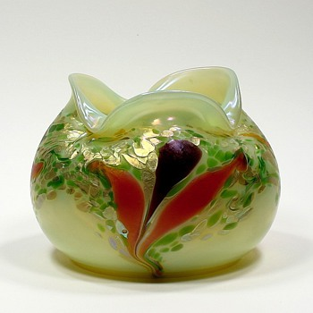 Kralik or Heckert? - Art Glass