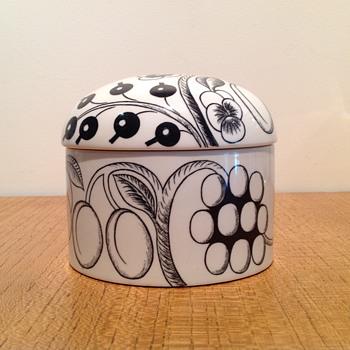 BIRGER KAIPIAINEN - PARATIISI BOX - ARABIA FINLAND - Art Pottery