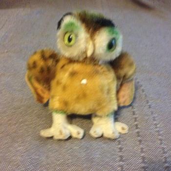 Steiff Wittie Owl, wings out EAN 2620/10 - Dolls