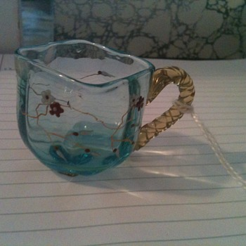 MY NEW LITTLE CUTIE EUROPEAN GLASS OPEN SALT HOLDER? GALLE?