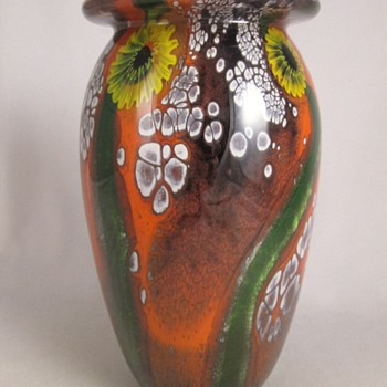 Robert Eickholt Sunflower Paperweight Vase.