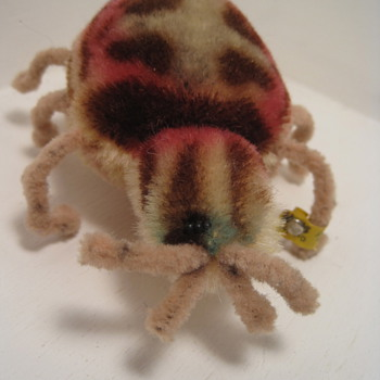 Does This Fabulous Steiff Spider Bug You?