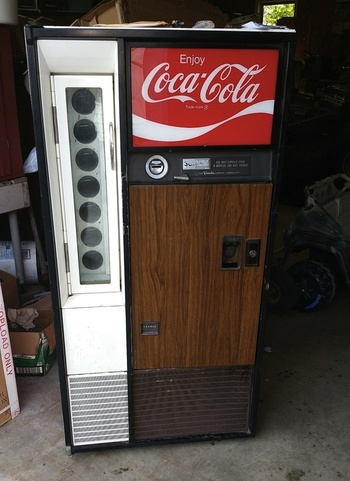 coke bottle machine