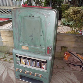 Stoner jr 1940's  120 candy machine - Coin Operated