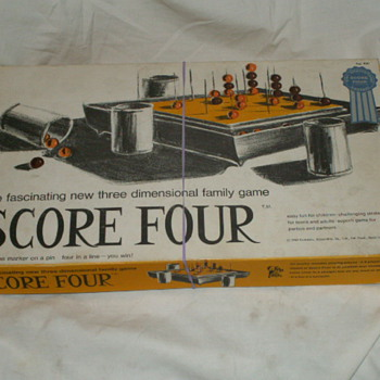 1968 Score Four The Three Dimensional Family Game No. 400  - Games