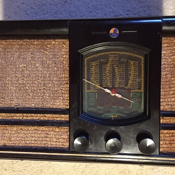 My mystery French old tube radio