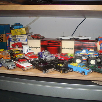 toy ford trucks  