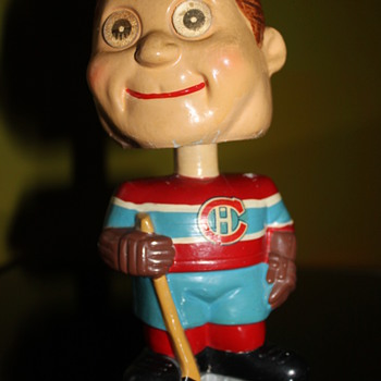 vintage 1960's Montreal Canadians Bobble head blinker