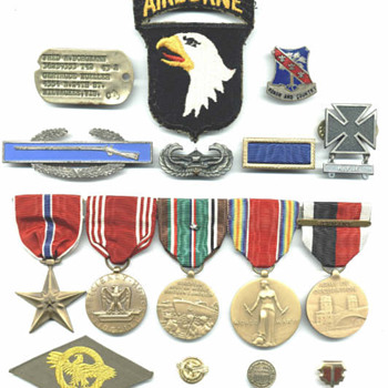 Military medal collecting - Military and Wartime