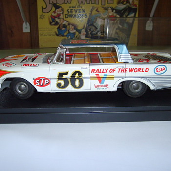 61 FORD FRICTION TIN CAR 