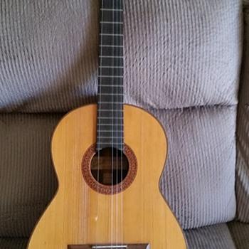 1962 Manuel Rodriguez guitar