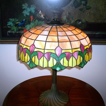Wilkinson Leaded Art Glass Table Lamp c.1920's.