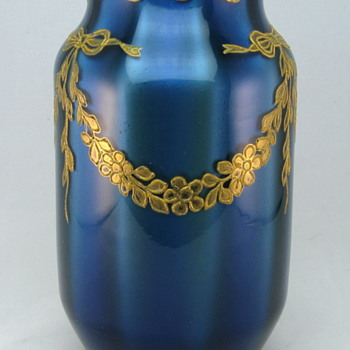 1906 Loetz Blue Metallin Optic vase - Art Glass