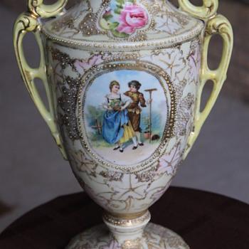 Unmarked Antique Nippon Gold Vase