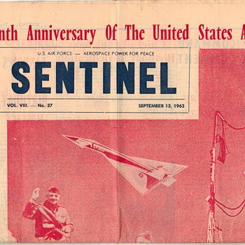 "1962 - USAF ""Sentinel"" Newspaper - Military and Wartime"