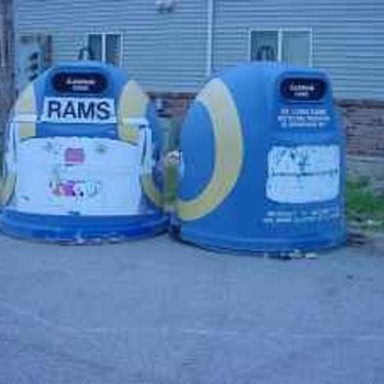 ST LOUIS RAMS RECYCLING CAN CONTAINER