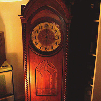 grandmotherclock radio