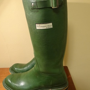 VINTAGE ROYAL HUNTER BOOTS FOR ABERCROMBIE & FITCH  BY UNIROYAL - Outdoor Sports