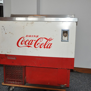 COCA COLA MACHINE - Coca-Cola