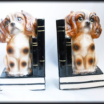 Vintage Trimont Ware Japan -- Cocker Spaniel Ceramic Bookends ( weighed )