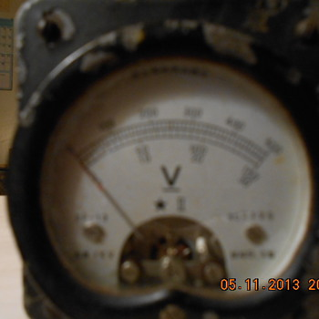 WWII Yokogawa voltmeter - Military and Wartime