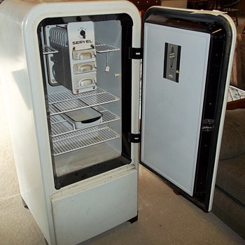 SERVEL GAS REFRIGERATOR - Kitchen