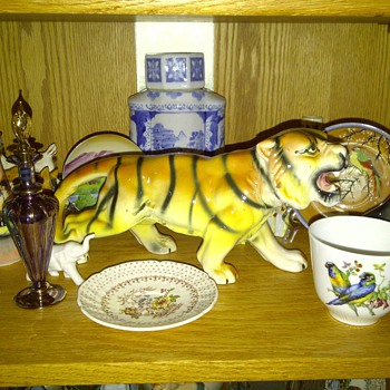 My dads Tiger - Art Pottery