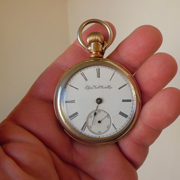 Elgin OLD pocket watch ,.in search of a new 18 size case lol