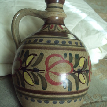 Stoob Austrian Jug .. My First Foray into Austrian Jugs