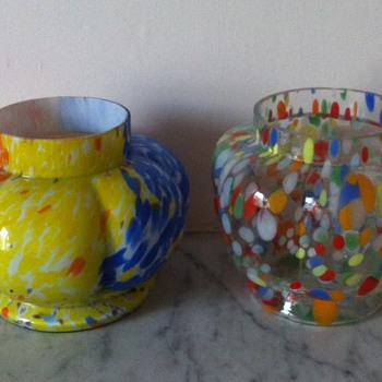 2 unknown spatters - lobed urns - Art Glass